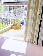 「家」と「庭」がつながった空間